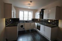 2 bedroom Apartment in Lower Road
