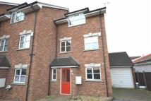 4 bedroom home to rent in Meadowgate Close...