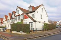 4 bedroom house in Sandringham Road...