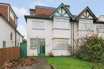 5 bed semi detached house in Green Lane, Hendon, NW4