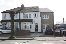 2 bed house to rent in Woodville Gardens...