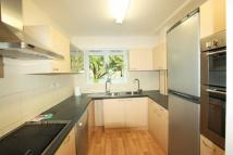 3 bed Duplex to rent in Woodburn Close...