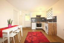 1 bed Flat in Holders Hill Avenue...