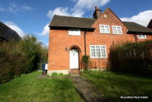 2 bedroom property in Falloden Way...