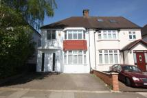 3 bed home in West Avenue, Hendon, NW4