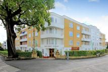 2 bedroom Apartment in Vincent Court, Bell Lane...