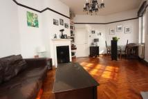 2 bed Apartment in The Market Place...
