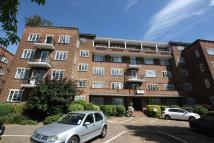 Flat to rent in Thurlby Croft...