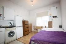 Brent Street Studio apartment to rent