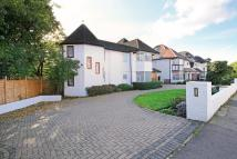 5 bedroom house in Wayside, Golders Green...