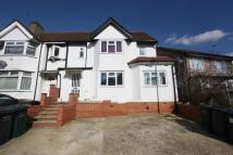 Flat to rent in Renters Avenue, Hendon...