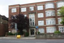 3 bedroom Flat to rent in Quadrant Close, Hendon...