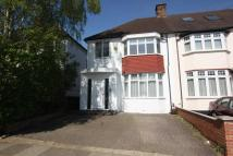 3 bedroom home in West Avenue, Hendon, NW4
