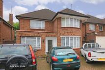 4 bedroom home in Heriot Road, Hendon, NW4