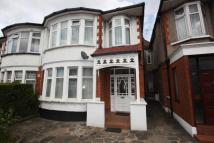 Flat in The Drive, Golders Green...