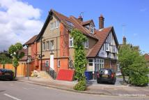 Apartment for sale in Woodstock Avenue...