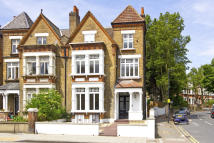 3 bed Flat for sale in Norwood Road, London...