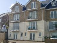 Flat in Arctic Road, Cowes, PO31
