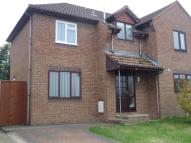3 bed semi detached house to rent in Pineview Drive...
