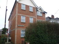 Ground Flat to rent in Tennyson Road...