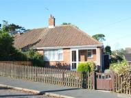 1 bed Semi-Detached Bungalow in Amos Hill, Totland Bay...