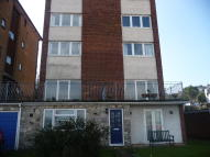 1 bedroom Flat to rent in Castle Street, Ryde...