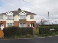 3 bedroom semi detached house to rent in Pallance Road, Cowes...