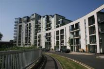 2 bedroom Flat to rent in Heybourne Crescent...