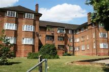 Flat to rent in Beaufort Park...