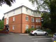 2 bedroom Flat in Holly House, Weston Road