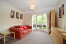 1 bed Flat to rent in Knowles Close...