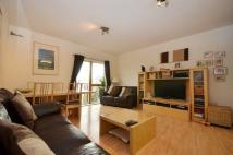 2 bed Flat to rent in Caledonian Court...