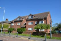 Flat to rent in Copeswood Court...