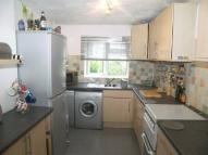 Maisonette to rent in Park Road, Uxbridge, UB8