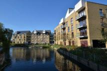 2 bed Flat to rent in Kings Island...