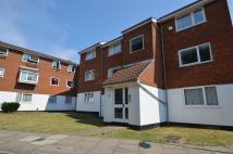 Flat to rent in Makepeace Road, Northolt...