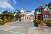 4 bed home to rent in Hillingdon Hill, UB10