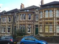 4 bed Apartment to rent in Garden Flat...