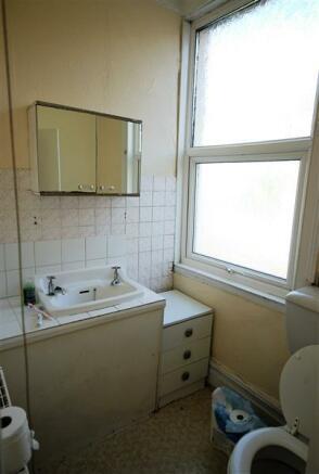 Bathroom/Showeroom