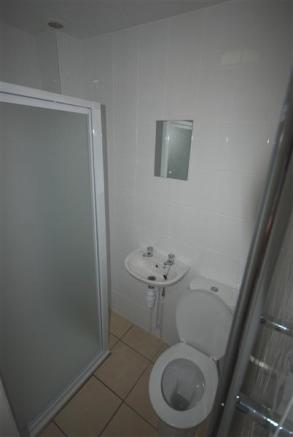 Shower room 2 with