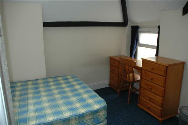 Bedroom 10 ( top