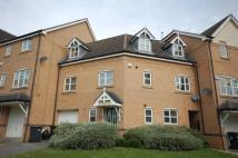 4 bed Town House to rent in Nightingale Drive...