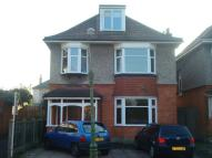 6 bedroom home in LEAMINGTON ROAD...