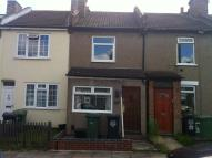 2 bed Terraced property in Wellington Road...
