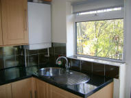 2 bedroom Maisonette in Avery Hill Road, London...
