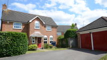 4 bedroom Detached property in Marathon Close, Woodley