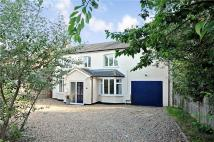 4 bed Detached property for sale in Oakley Road, Clapham...
