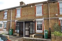 2 bedroom house to rent in Terminus Road, Barming...