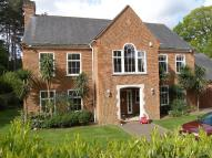 5 bedroom house in Cross Road Sunningdale...