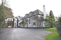 6 bed Detached property to rent in Titlarks Hill...
